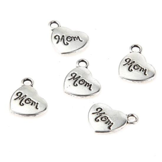 Mom feliratos szív fityegő (csak kulcstartóhoz/ékszerhez rendelhető)